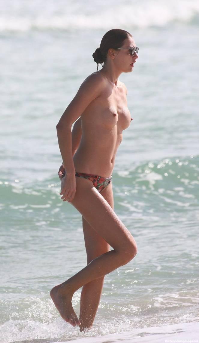 Alina Baikova Nude Sexy 26