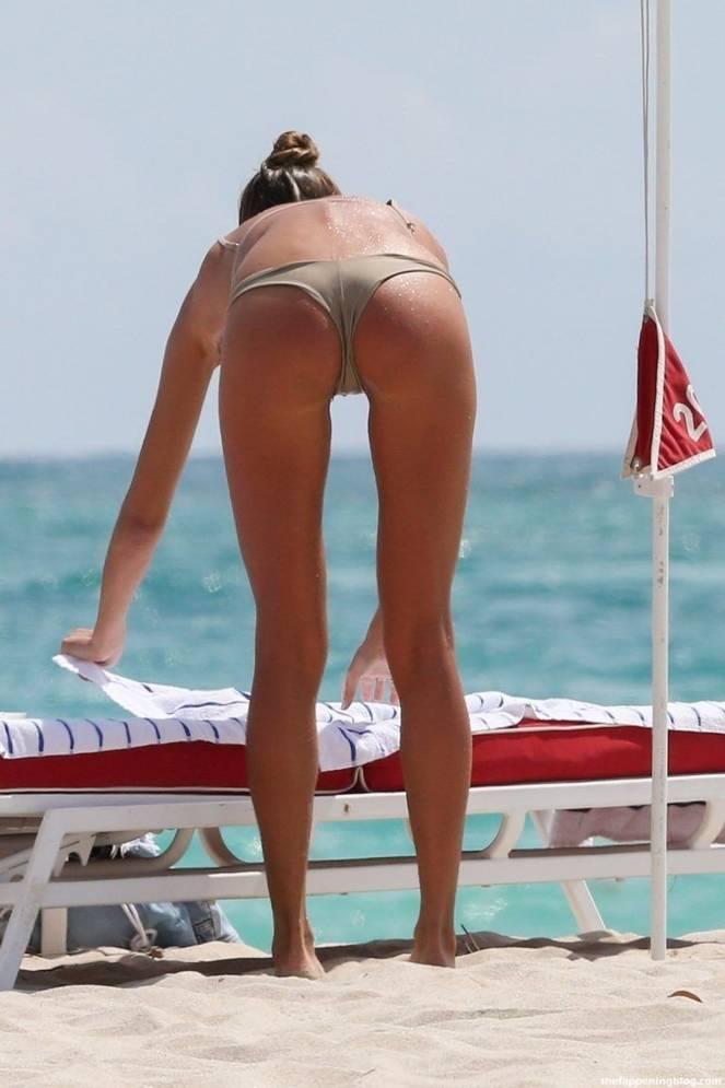 Alina Baikova Nude Sexy 34