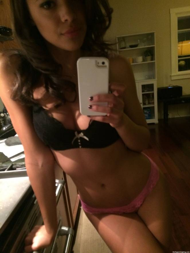 Aubrey Cleland Nude Sexy Leaked The Fappening 24