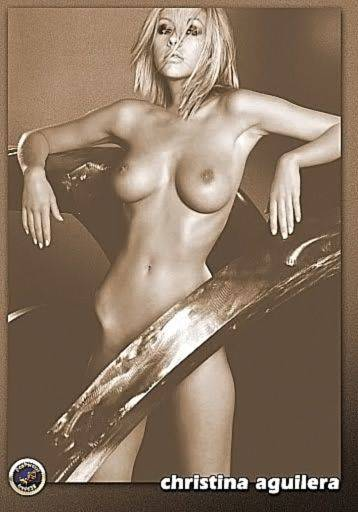 Christina Aguilera Naked Sexy Topless Leaks 19