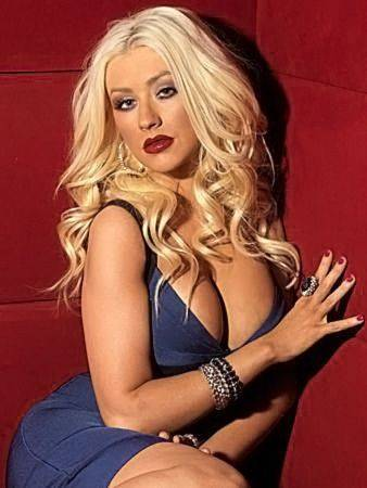 Christina Aguilera Naked Sexy Topless Leaks 28