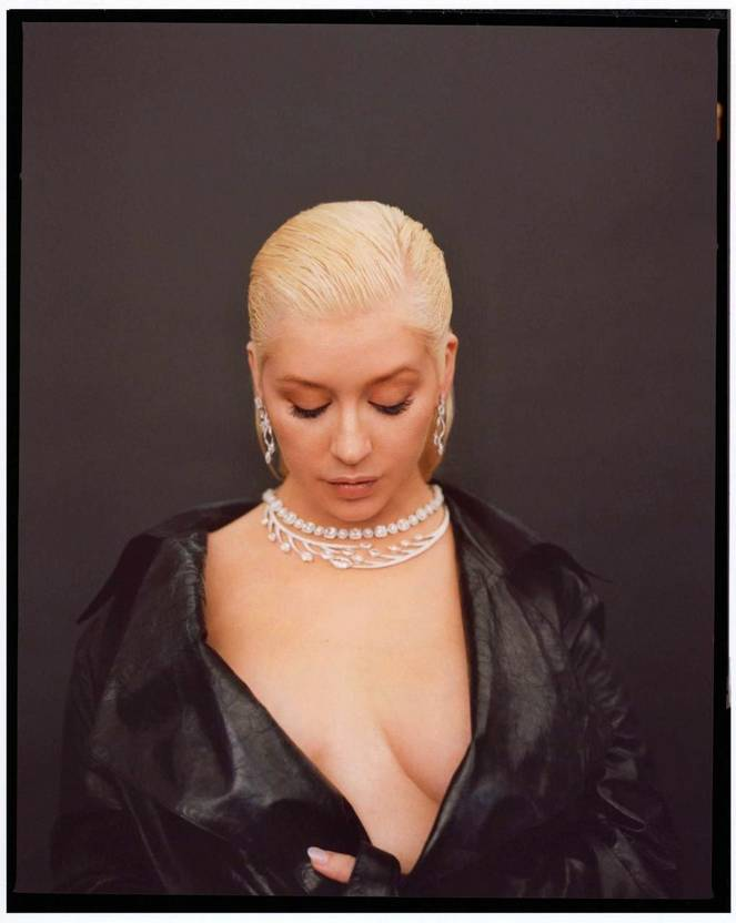 Christina Aguilera Naked Sexy Topless Leaks 36