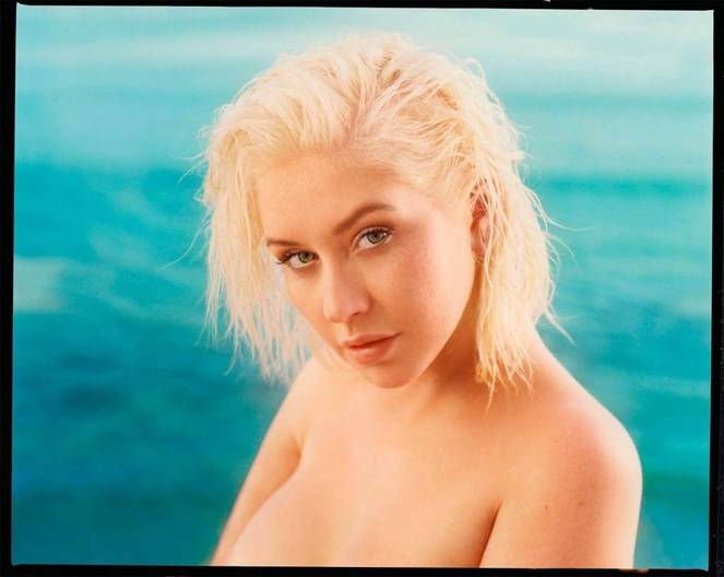 Christina Aguilera Naked Sexy Topless Leaks 38