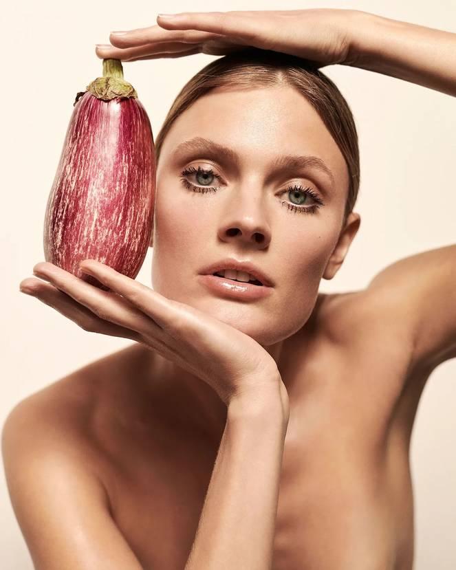 Constance Jablonski Nude 1