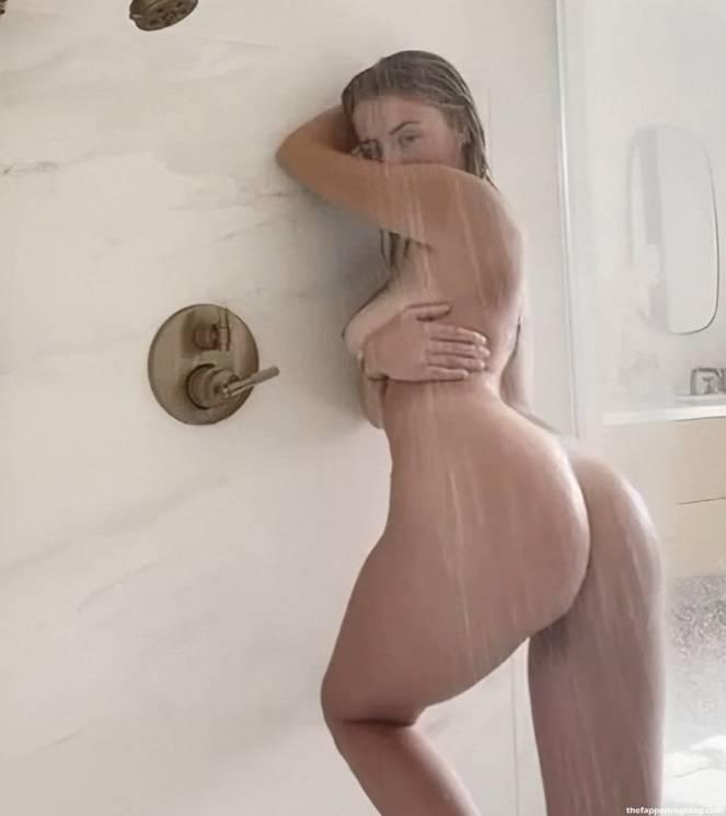 Corinna Kopf Naked 4