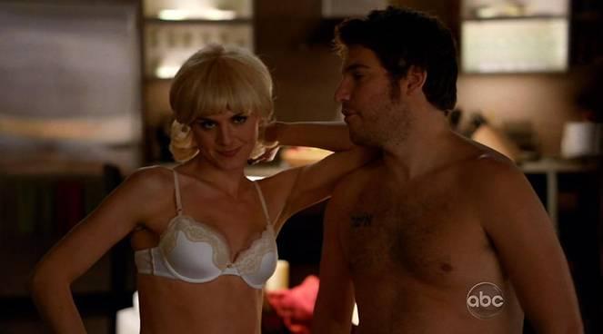 Eliza Coupe Nude Sexy 64