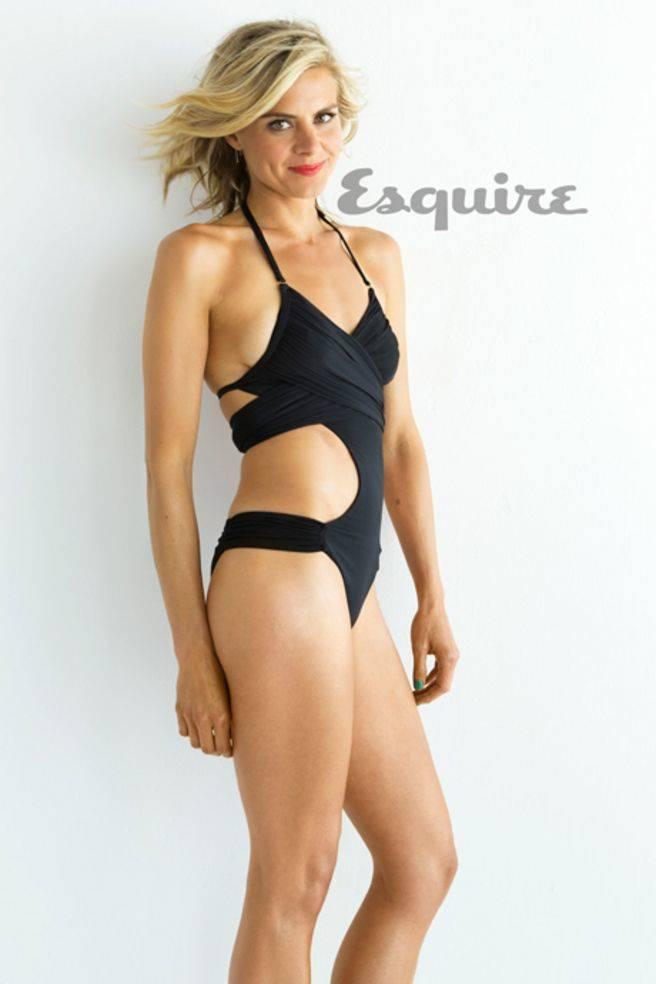 Eliza Coupe Nude Sexy 72