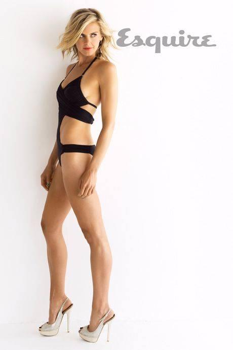 Eliza Coupe Nude Sexy 76