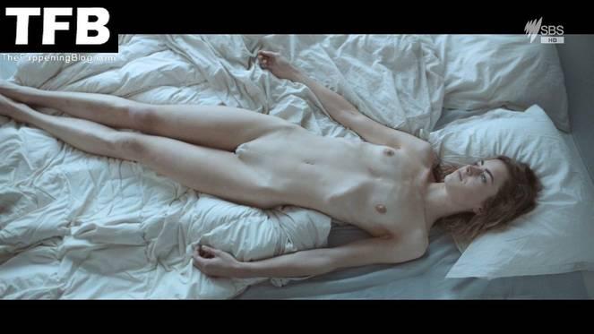 Hannah Hoekstra Nude Sexy 8