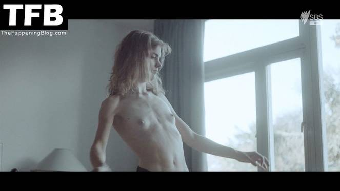 Hannah Hoekstra Nude Sexy 20