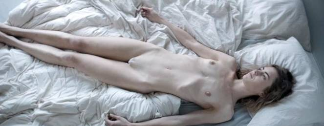 Hannah Hoekstra Nude Sexy 25