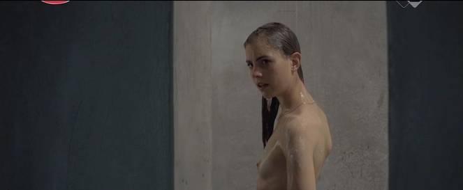 Hannah Hoekstra Nude Sexy 31