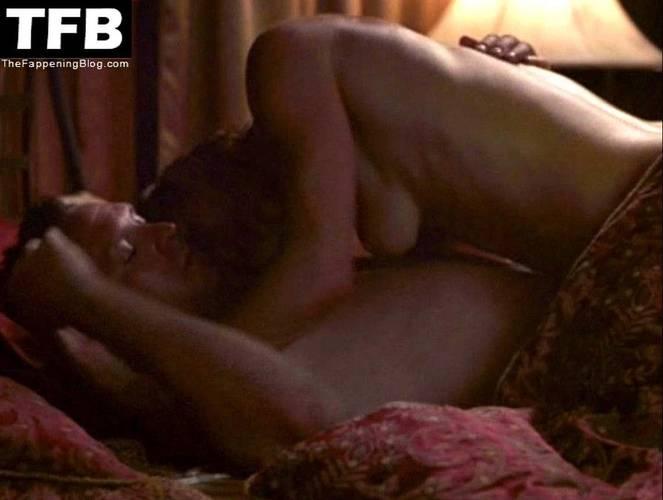 Jamie Luner Nude Sexy 14