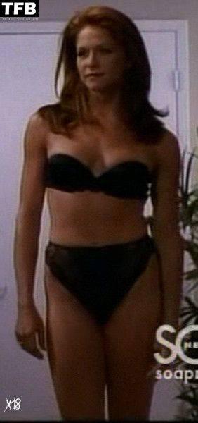 Jamie Luner Nude Sexy 31