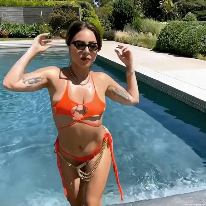 Lady Gaga Bikini 5