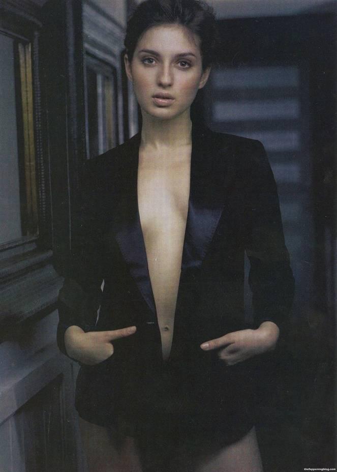 Maria Valverde Naked Sexy 1