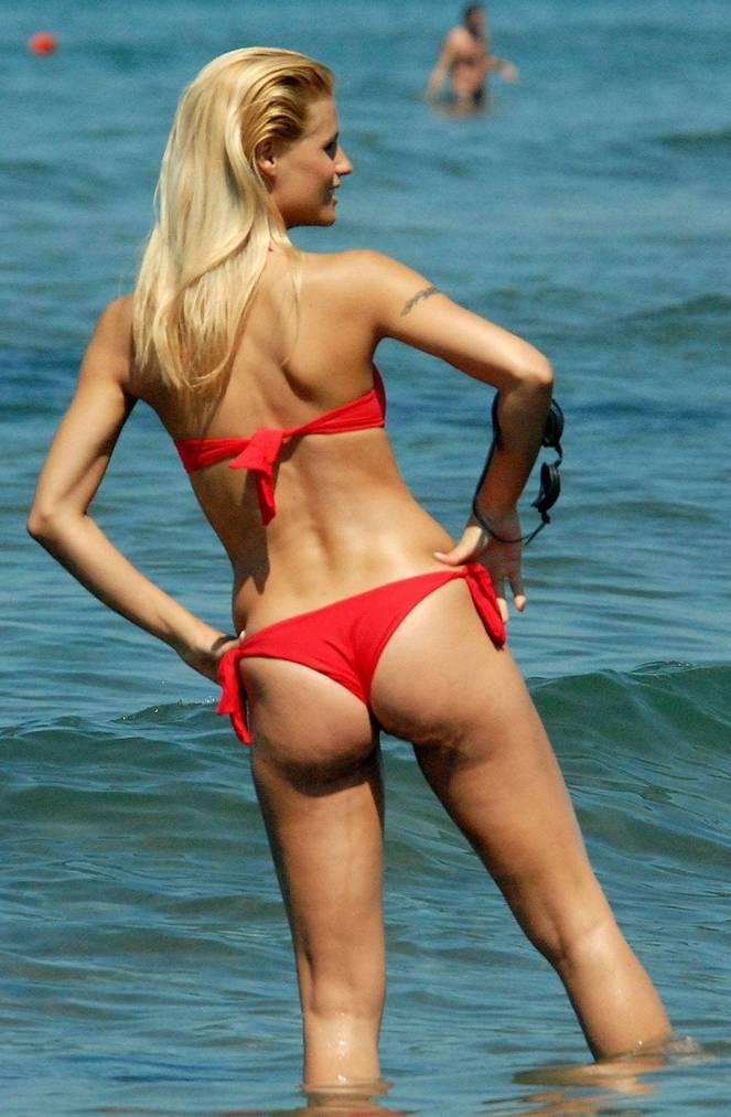 Michelle Hunziker Nude Sexy Topless 66