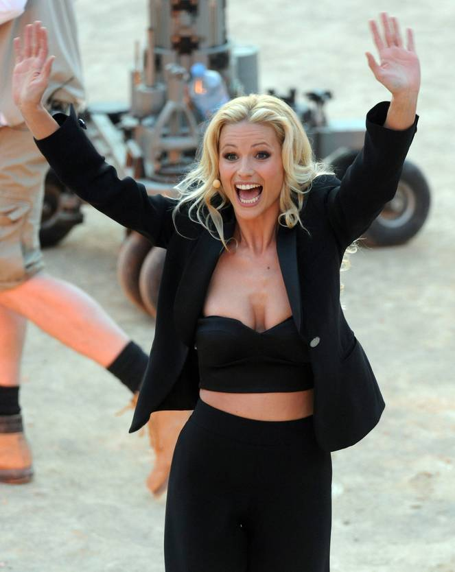 Michelle Hunziker Nude Sexy Topless 107