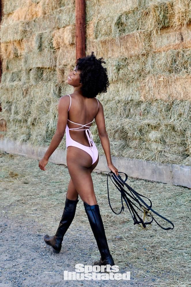 Nackt Tanaye White  Model Tanaye