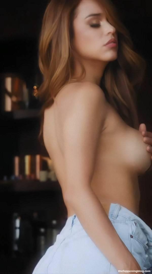 Yanet Garcia Sexy Topless 6