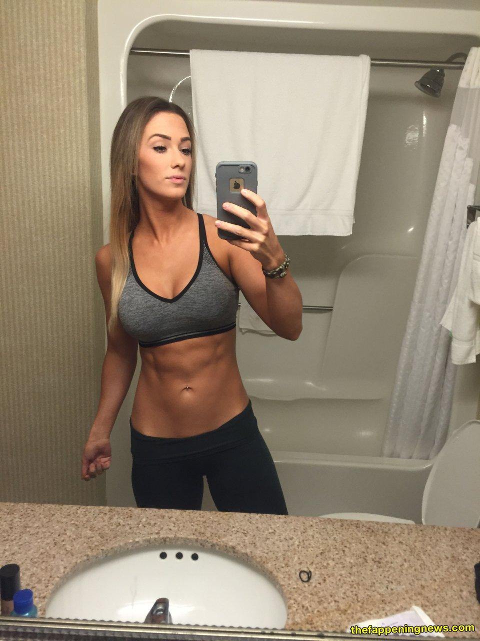 Jenna Fail  nackt